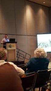 Breno Freitas, da Universidade Federal do Ceará, em sua palestra sobre abelhas nativas